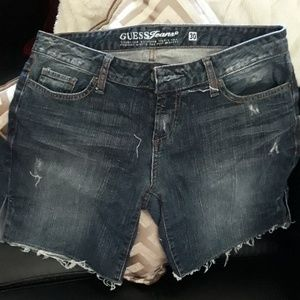 Guess jean shorts size 30